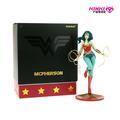 WONDER WOMAN MEDIUM FIGURE BY TARA MCPHERSON