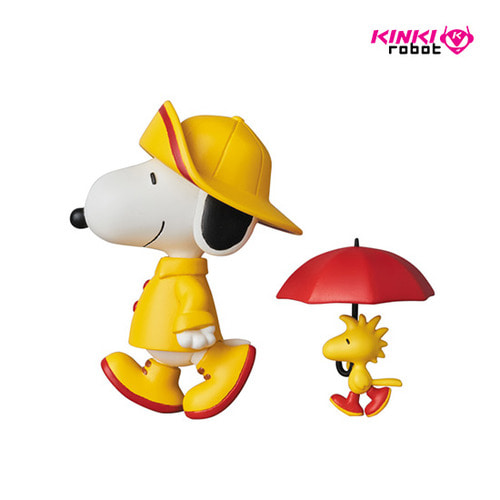 UDF PEANUTS SERIES7 RAINCOAT SNOPY &WOODSTOCK